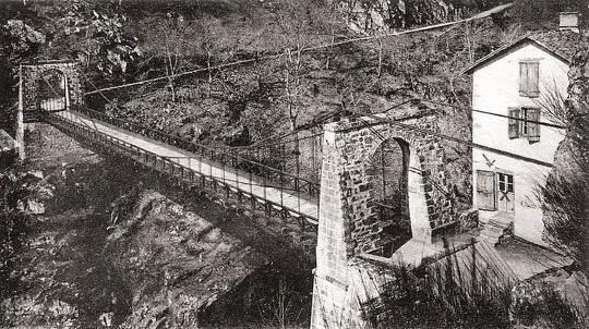Ancien pont de merle 1